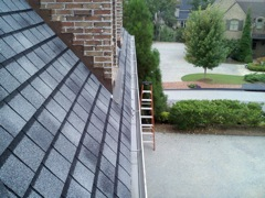 Get Your Dirty Gutters Cleaned by Norcross's Best Gutter Cleaners